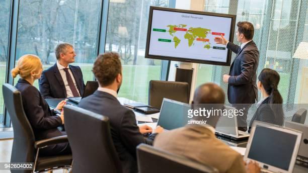 Gente de negocios, reunión de negocios