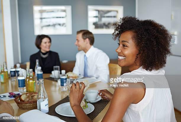 business people having lunch meeting - lunch stockfoto's en -beelden