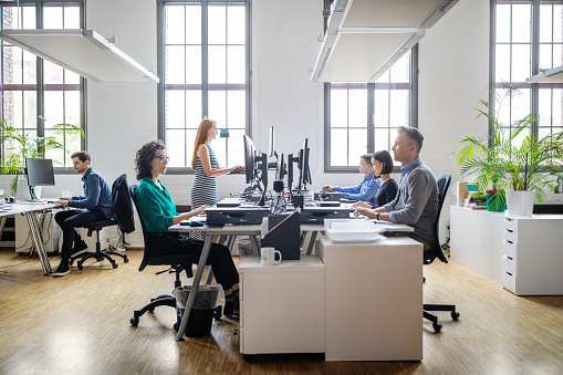 Business people working at a modern office 1150572095