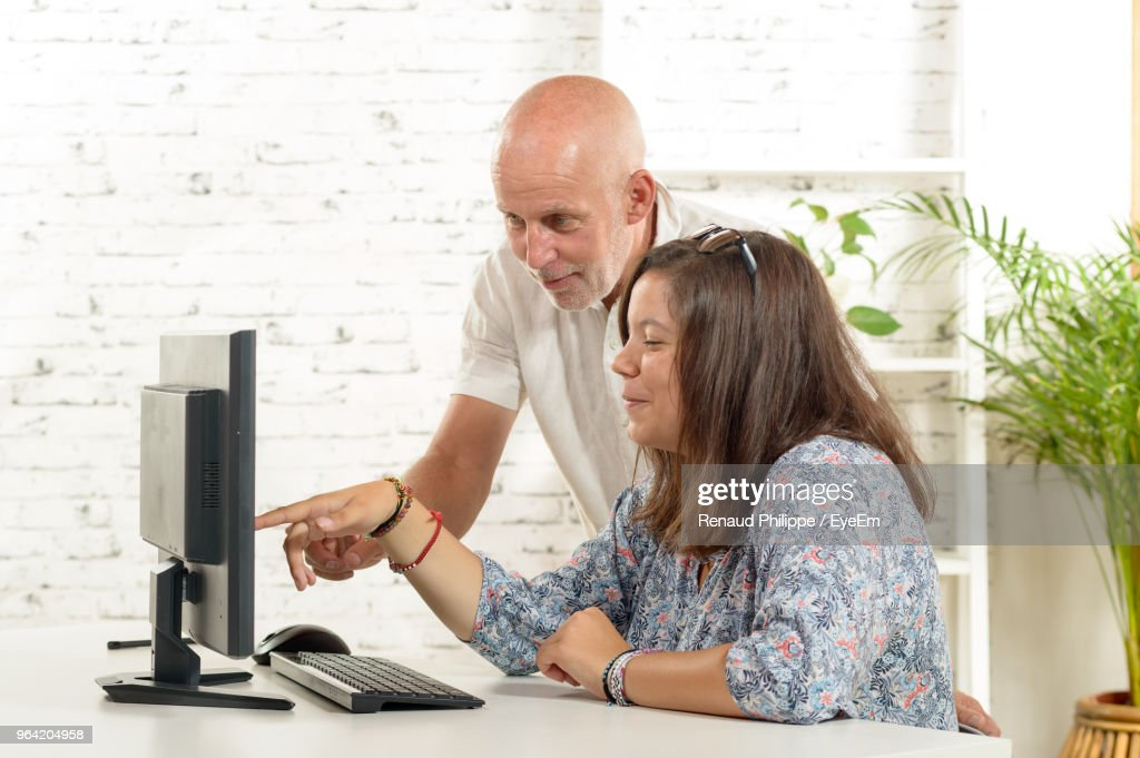 Business People Working At Desk In Office : Stock Photo