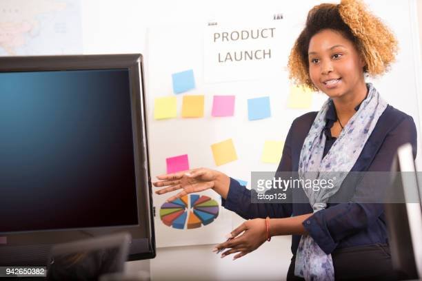 business presentation, speaker at meeting. - american tv presenters stock pictures, royalty-free photos & images