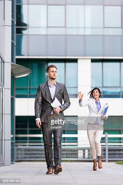 仕事上の関係 - 追いかける ストックフォトと画像