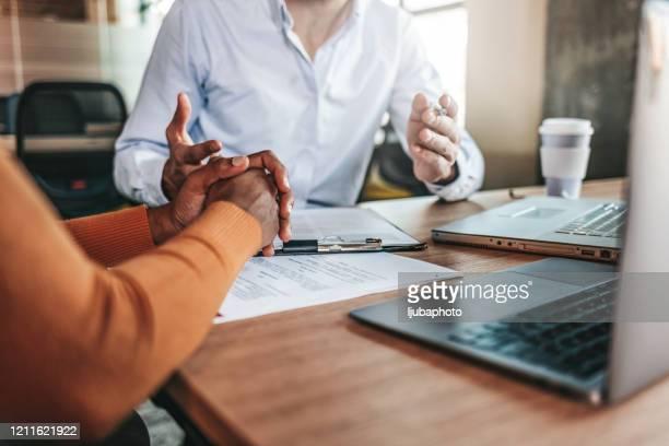 ビジネススタートアップ分析と事業戦略の明白な - 請求書 ストックフォトと画像