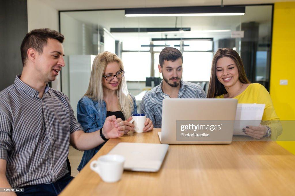 Business-team auf dem Tisch : Stock-Foto