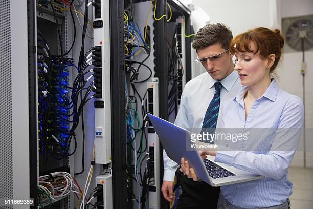 Business-team-Fixierung Einige Server