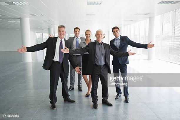 ビジネスチームの新しいチャンス - 商業不動産 ストックフォトと画像