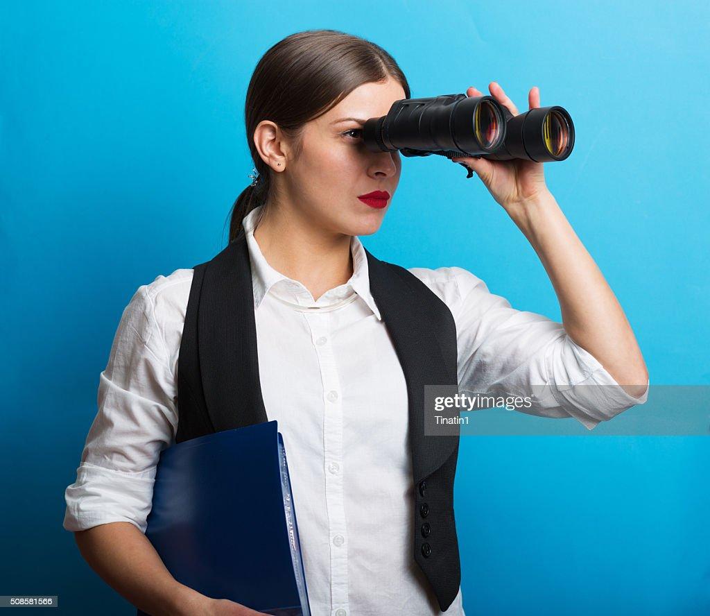 Business-Frau mit dem Fernglas : Stock-Foto