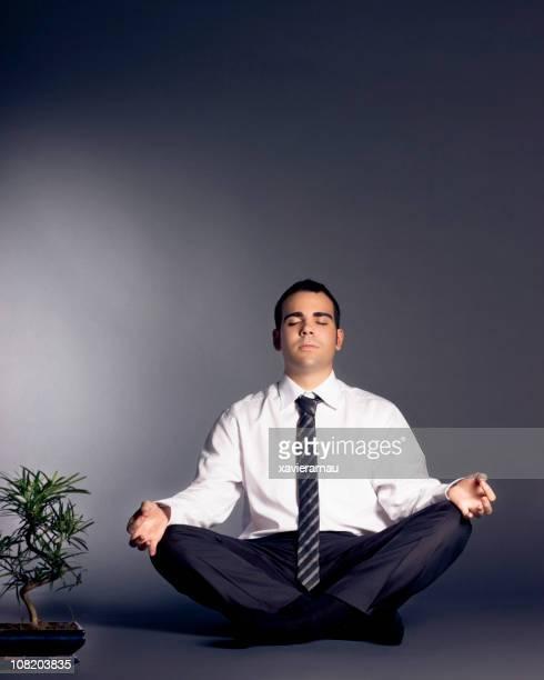 business zen - lotuspositie stockfoto's en -beelden