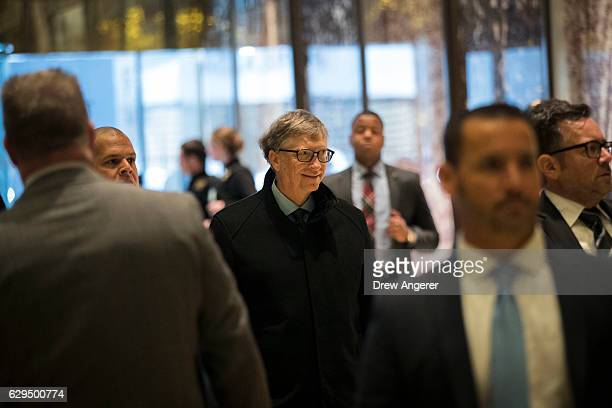 Businessman Bill Gates arrives at Trump Tower December 13 2016 in New York City Presidentelect Donald Trump and his transition team are in the...