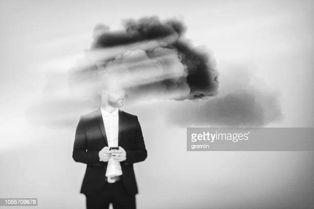 zakenman brainstormen, cloud computing - verslaving stockfoto's en -beelden
