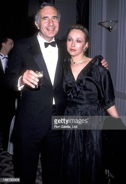 Businessman Carl Icahn and wife Liba Icahn attend the Boys' Town of Italy's 44th Annual 'Ball of the Year' Gala on April 7 1989 at WaldorfAstoria...