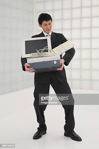 Geschäftsmann, tragen computer