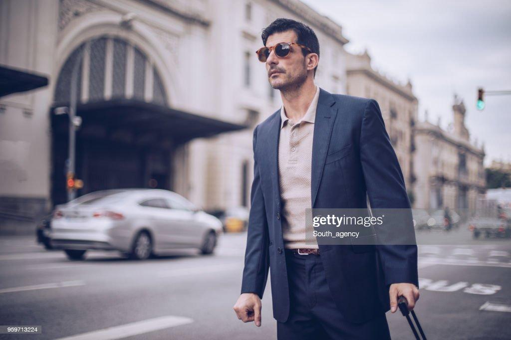 Geschäftsmann auffälligen taxi : Stock-Foto