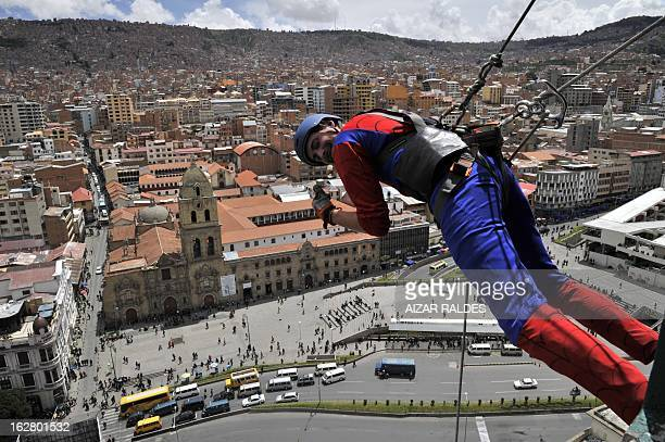US businessman Derren Patterson owner of the company 'Urban Rush' practices 'Rapjumping' at a hotel in La Paz on February 27 2013 Patterson went down...
