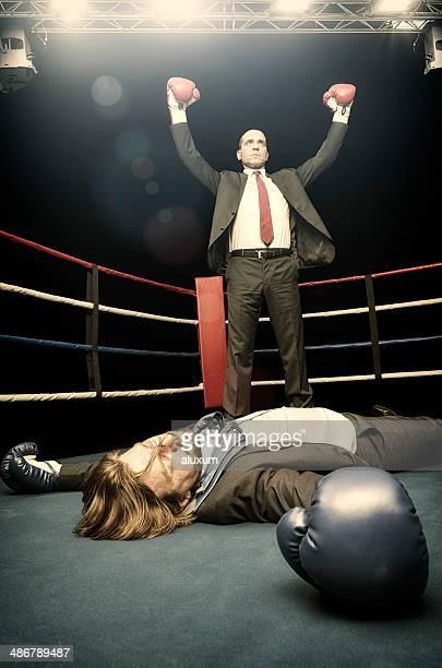 ビジネスマンの戦い