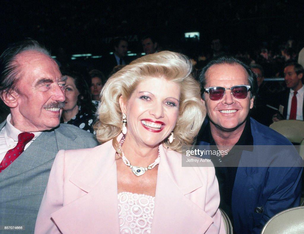 Fred Trump Ivana Trump And Jack Nicholson In Atlantic City : News Photo