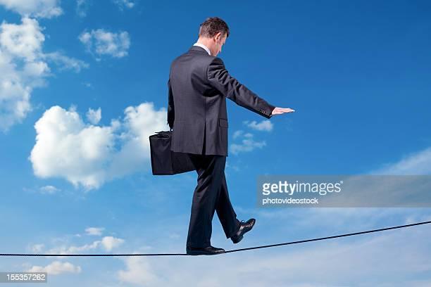 Homme d'affaires dans le ciel