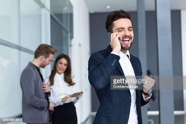 Geschäftsmann, Anruf