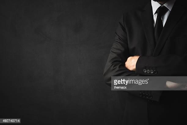 Homme d'affaires sur fond noir