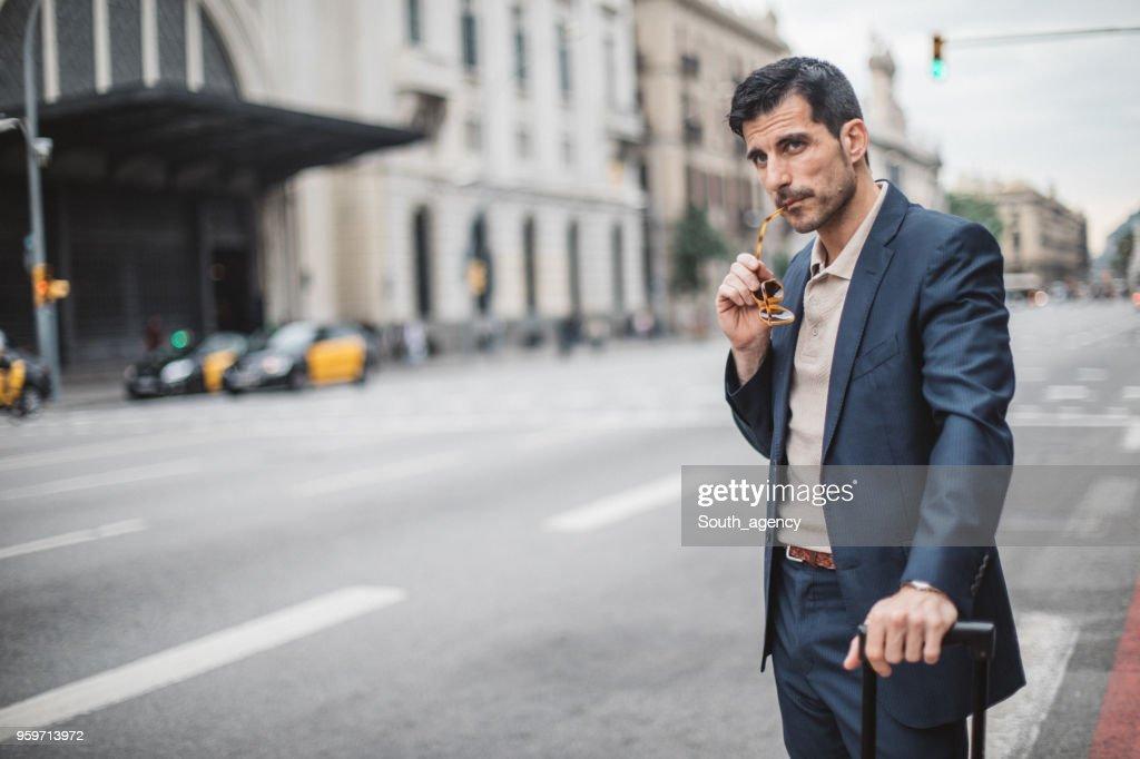 Geschäftsmann auf die Straße  : Stock-Foto