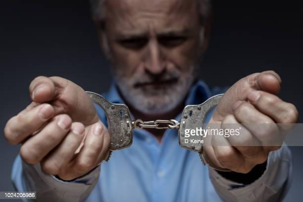 homem de negócios - prisioneiro - fotografias e filmes do acervo