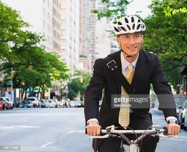 ビジネスマン乗馬自転車