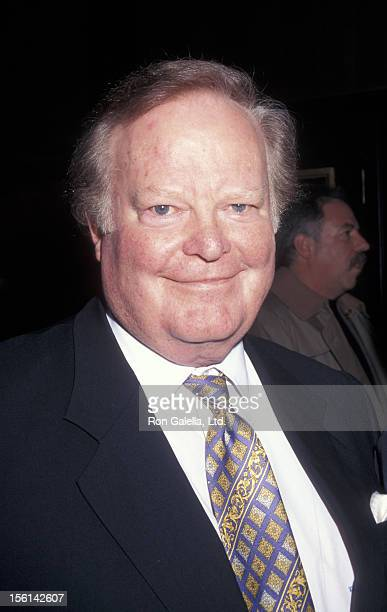 Businessman Roone Arledge attends the premiere of 'Primary Colors' on March 16 1998 at the Ziegfeld Theater in New York City