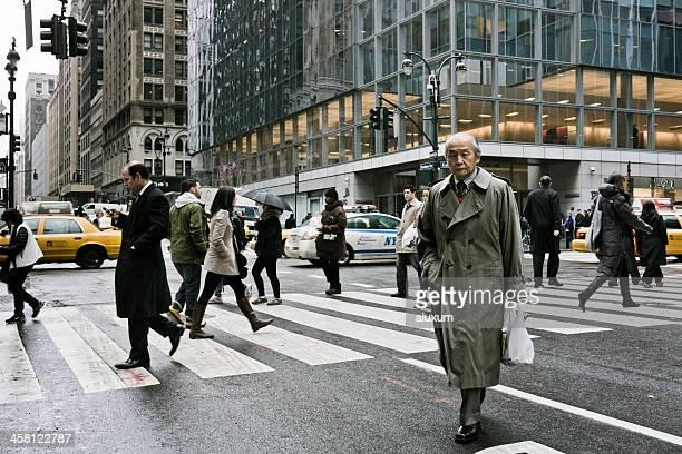 Businessman walking in Park Avenue  New York