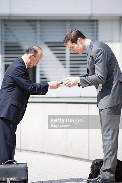 ビジネスマンの挨拶