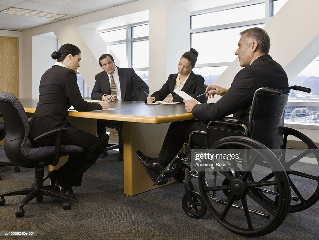 Businesspeople having meeting in conference room : Stockfoto