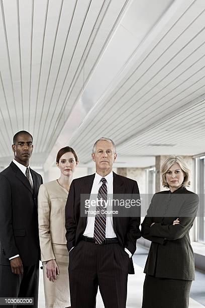 Los empresarios en oficina
