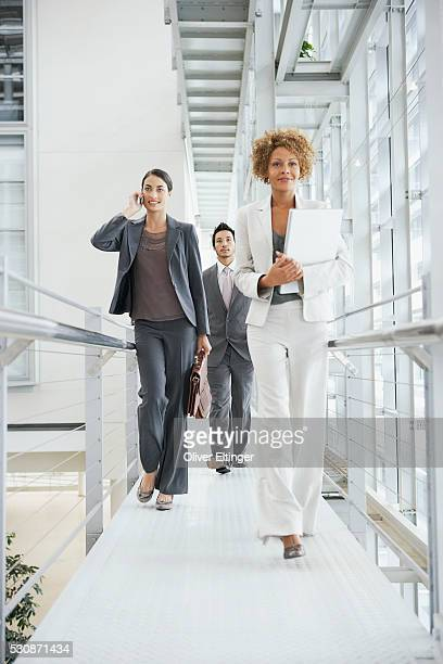 businesspeople - oliver eltinger stock-fotos und bilder