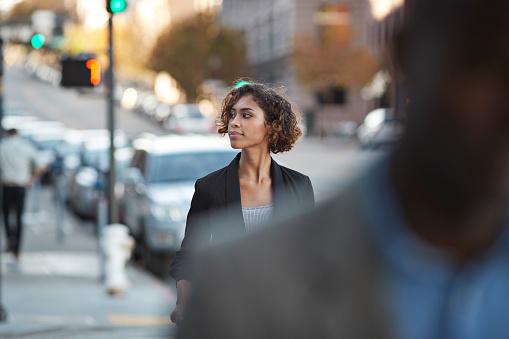 Businesspeople walking in pedestrian crossing - gettyimageskorea