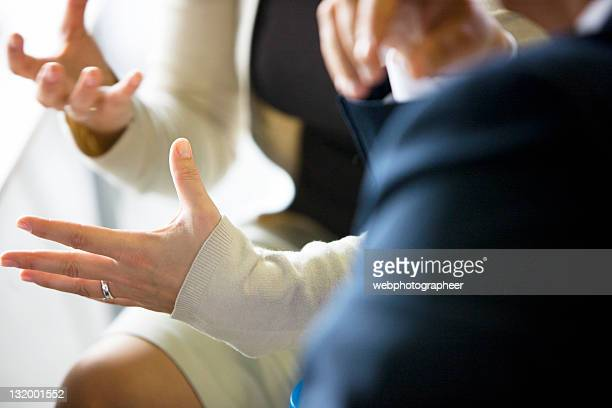 businesswoman gesturing - gesturing stock pictures, royalty-free photos & images