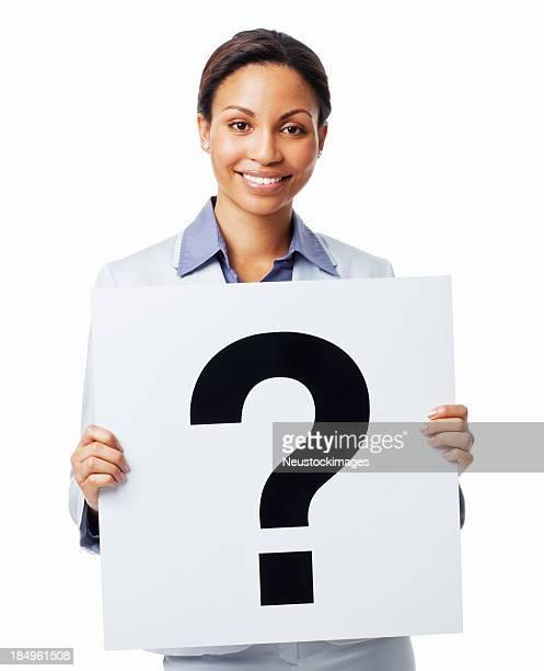 Geschäftsfrau hält ein Schild mit Questionmark- Isoliert