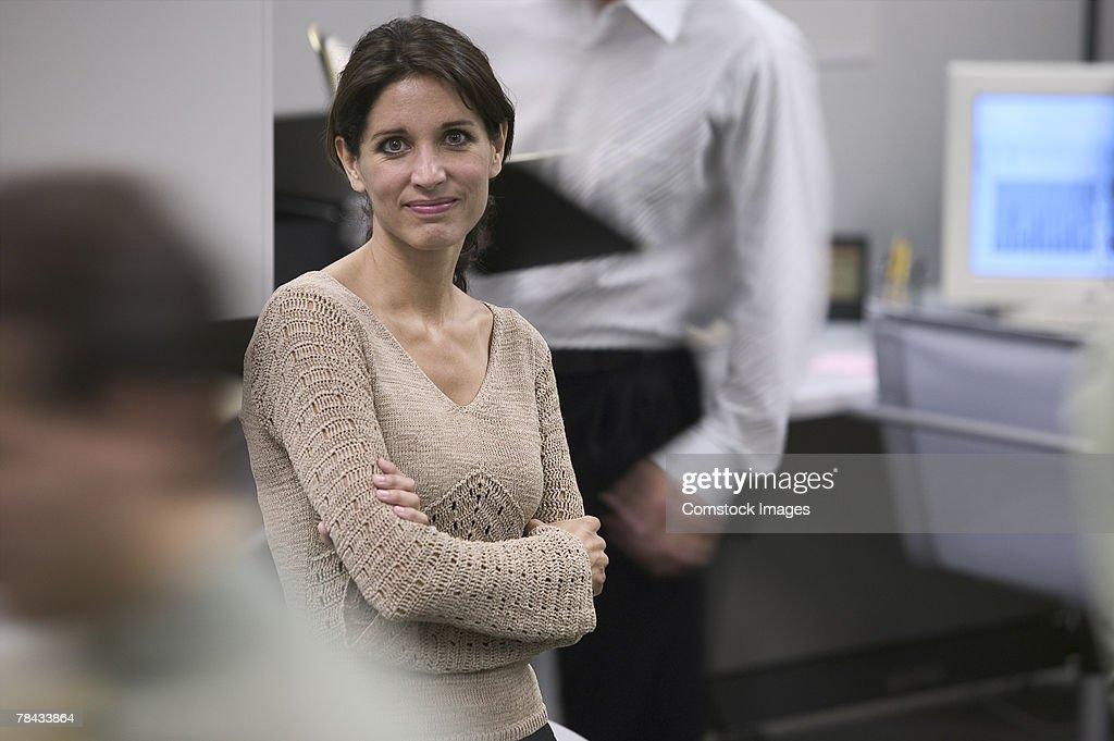 Businesswoman in office : Stockfoto