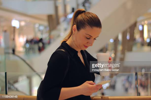 Businesswoman in shopping