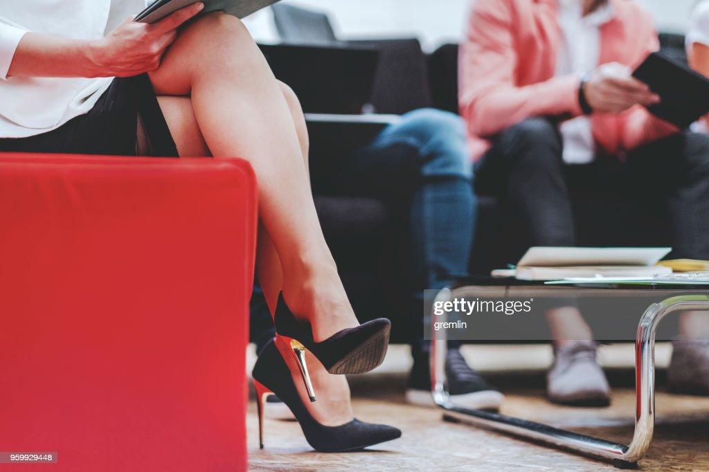 Geschäftsfrau in der Sitzung : Stock-Foto