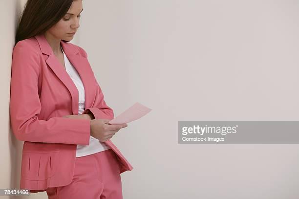 pink slip minta menyasszony)