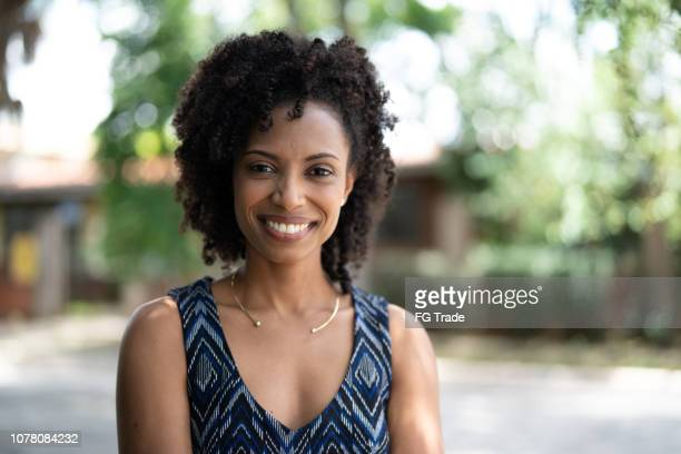 businesswoman portrait outdoors - african ethnicity stock pictures, royalty-free photos & images