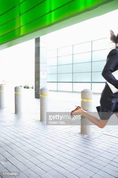 Geschäftsfrau Laufen