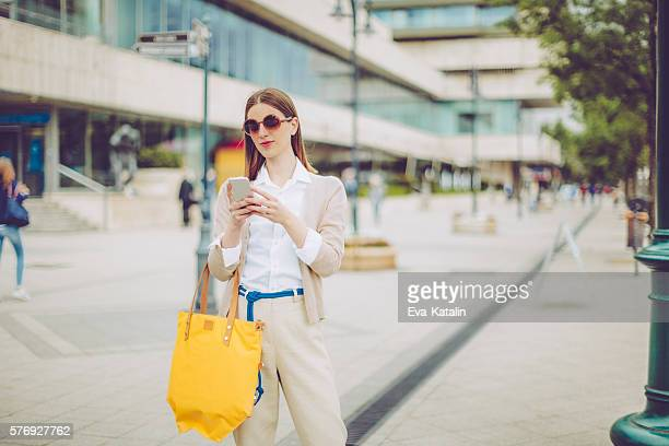 Geschäftsfrau SMS