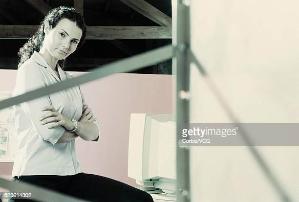 businesswoman waiting - vcg stock pictures, royalty-free photos & images