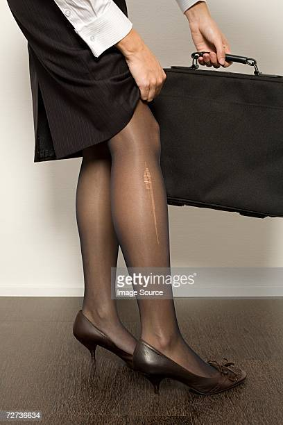 Zerrissene Strumpfhose Stock Fotos Und Bilder Getty Images