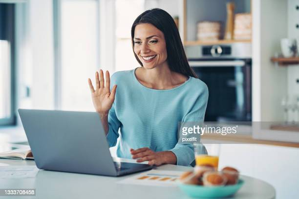 businesswoman working from home - audience free event stock pictures, royalty-free photos & images