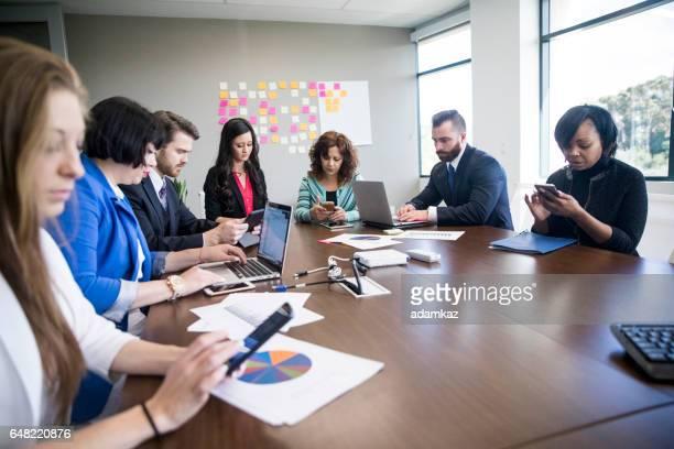 Businss Team mit Technologie