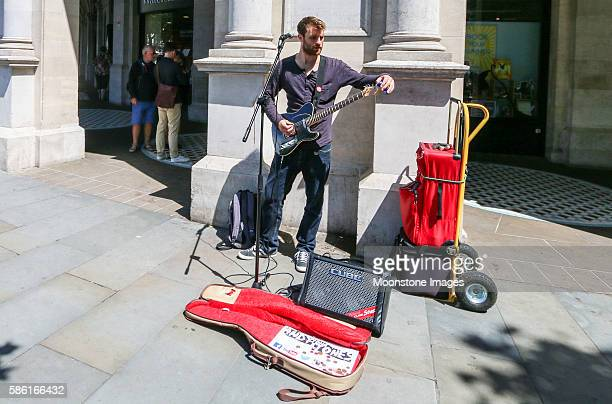 Busker in Trafalgar Square, London