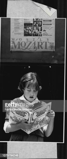 Buskers Competition at Opera House Anna Roberts with songbook in the tune January 3 1988