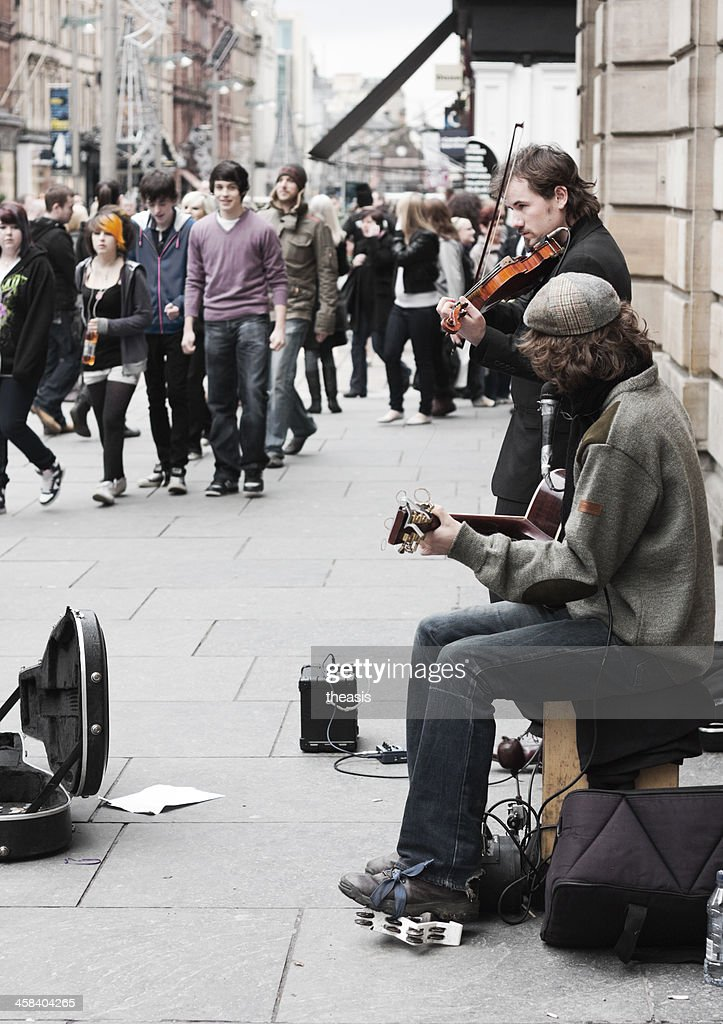 Buskers Performing In Glasgow City Centre : Stock Photo