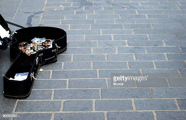 busking - guitar case stock pictures, royalty-free photos & images